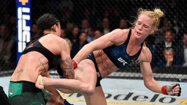 Holly Holm Shuts Down Raquel Pennington; Earns Unanimous Decision Win In UFC  246 Co-Main Event