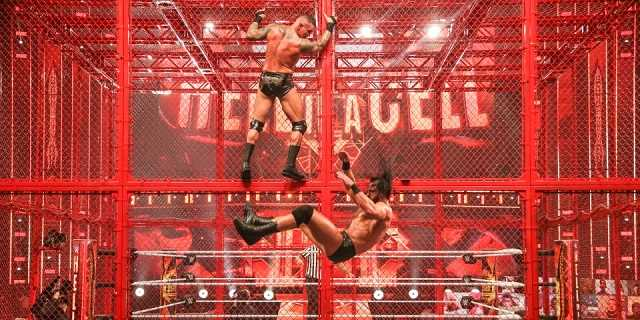 Randy Orton Wins WWE Championship At 2020 Hell In A Cell