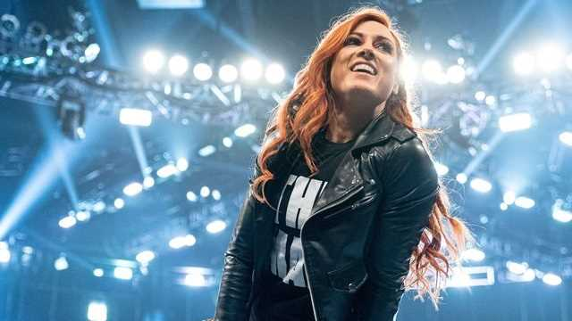 Becky Lynch Looks RIPPED In New Workout Photo As The Man Prepares For Her WWE Return