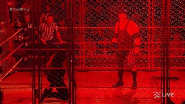 Kane Returns! The Big Red Machine Helped Braun Strowman
